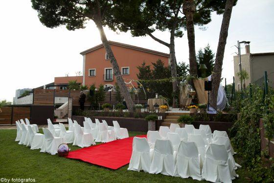 Preparaciones para boda civil en exteriores Qgat